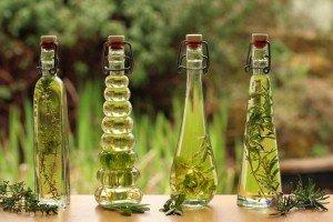 Настойки аралии в бутылках