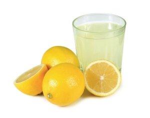 Сок лимона против пигментных пятен