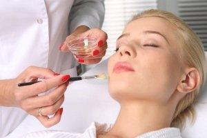 Антивозрастные процедуры в салоне