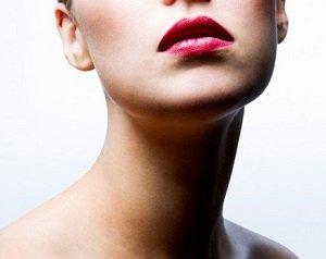 Женская шея
