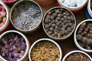 Травы из чая