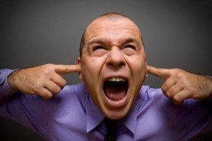 сильные шумы в голове
