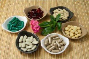 Таблетки в мисках